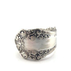Vintage Rogers Bros Silverplate Floral Spoon RIng